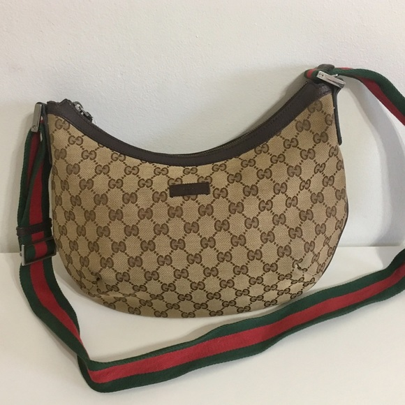 8cfe13af7f Gucci Handbags - Authentic GUCCI Sherry Line Crossbody Shoulder bag